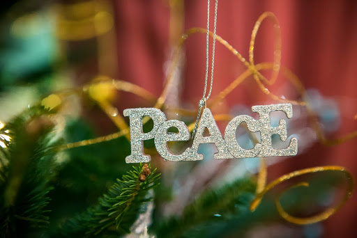 Peace ornament www.roomsrevamped.com