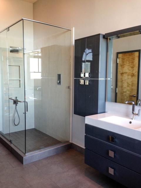 Modern Master bathroom Robin LaMonte/Rooms Revamped Interior Design