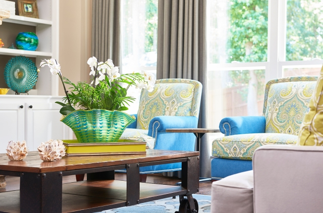 Add beachy accessories to your living room