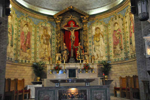 The altar in the Basilica of St. Lawrence in Asheville, NC